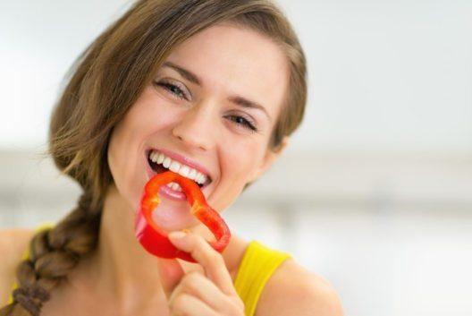 In einer Paprika ist mehr Vitamin C enthalten als in einer Zitrone. (Bild: Alliance – Shutterstock.com)