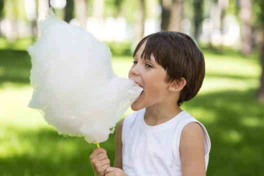 Jeder weiss, dass zu viel Zucker schädlich ist. (Bild: Lestertair – Shutterstock.com)