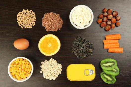 Es ist wichtig, abwechslungsreich zu essen. (Bild: Africa Studio – Shutterstock.com)
