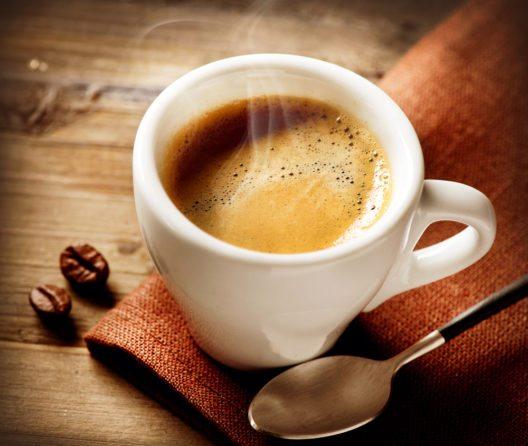 Espresso (Bild: © Subbotina Anna - shutterstock.com)