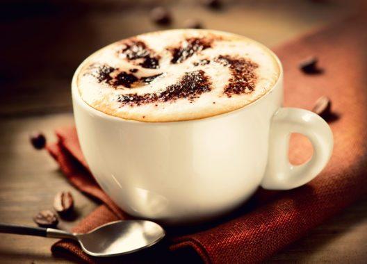 Cappuccino (Bild: © Subbotina Anna - shutterstock.com)
