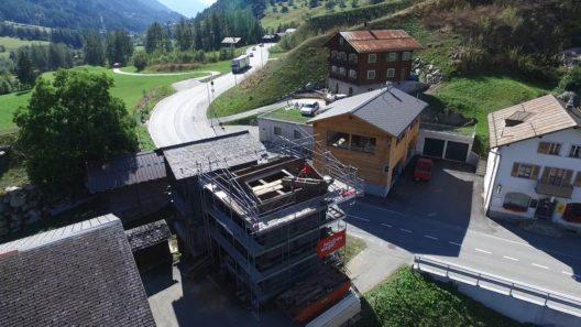 Mit Unterstützung der Schweizer Berghilfe wird er gerade saniert und wieder nutzbar gemacht.