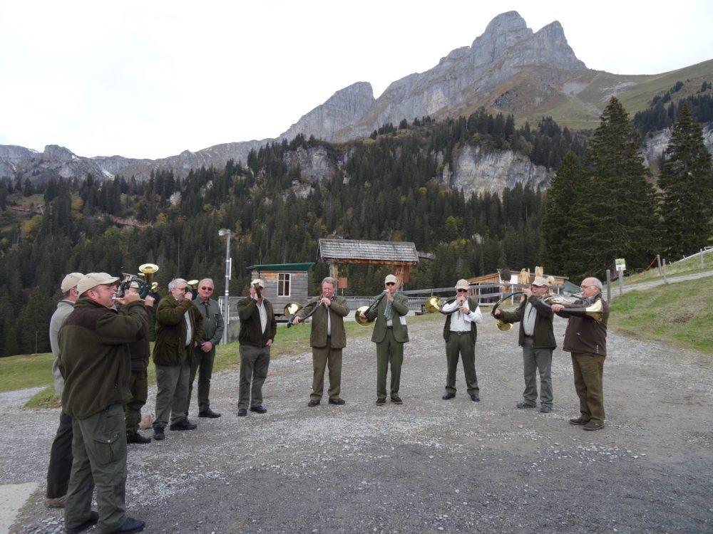 Rahmenprogramm mit Jagdhornbläser