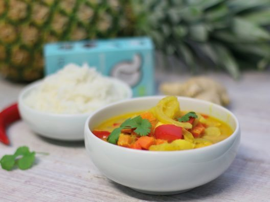 Tropicai - Fruchtiges Kokos-Fisch Curry