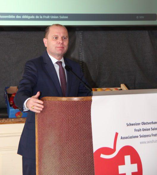 Philippe Leuba, Regierungsrat Kanton Waadt, spricht sich gegen die Zentralisierung der Forschung aus.