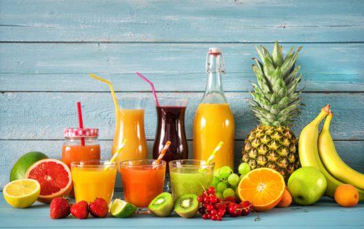 feature post image for Fruchtsäfte selber machen: eine gesunde Abkühlung für den heissen Sommer