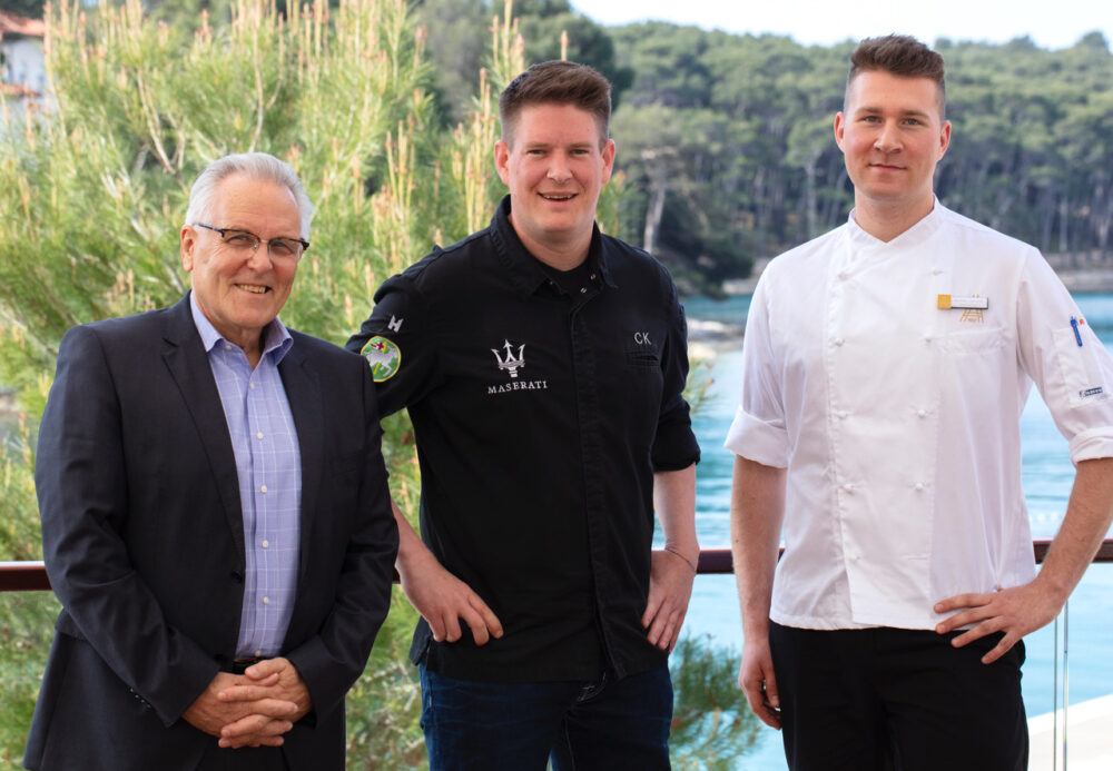 Schweizer Power in Kroatien: v.l.n.r. Peter Schoch, CEO der Lošinj Hotels & Villas sowie die zwei Spitzenköche Christian Kuchler und Michael Gollenz.